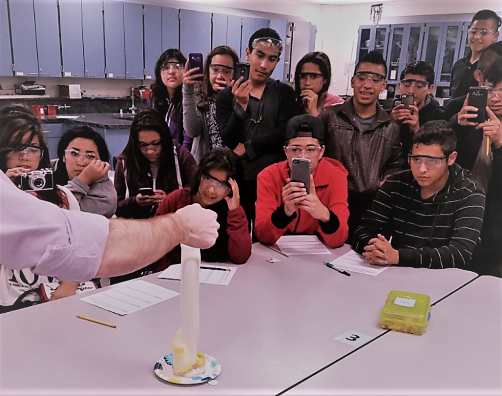 EUHSD English Learners experiment with gas combustion